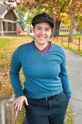 Rachel Gross headshot 2